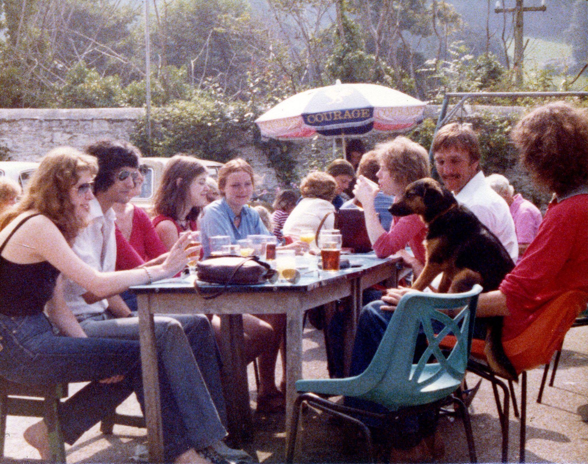 Chris Robinson and friends in the Seven Stars beer Garden c1977